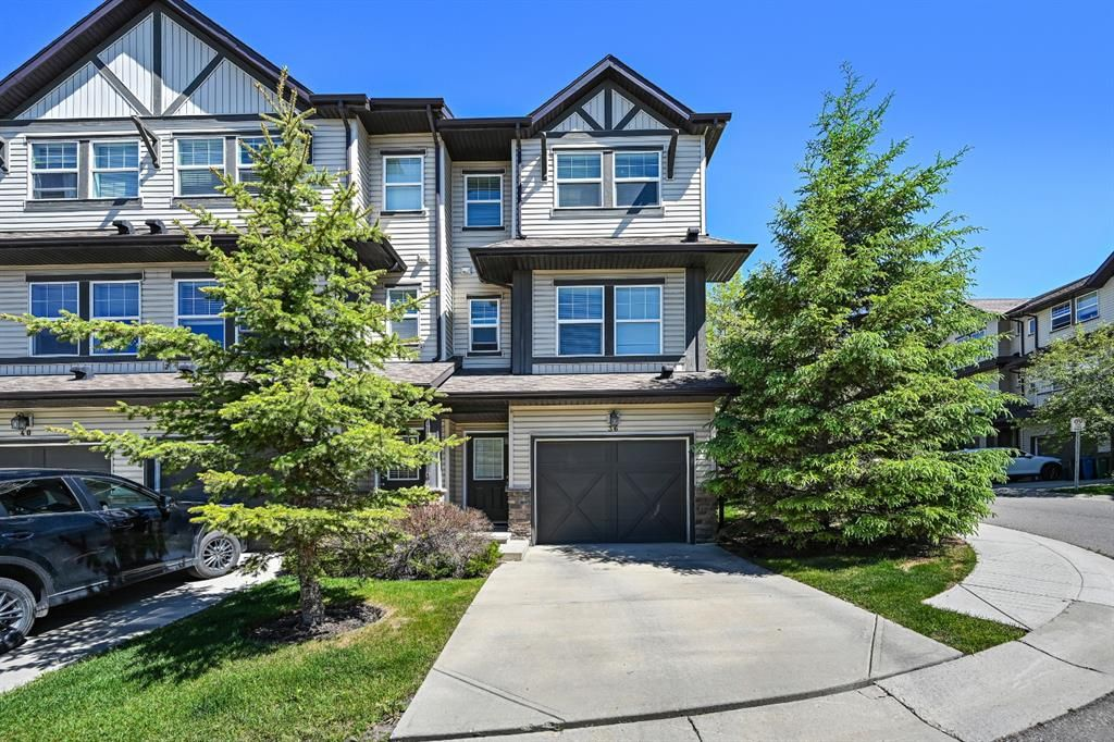 Main Photo: 36 28 Heritage Drive: Cochrane Row/Townhouse for sale : MLS®# A1121669