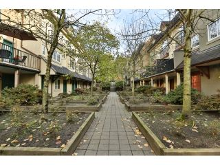 """Photo 19: 88 1561 BOOTH Avenue in Coquitlam: Maillardville Townhouse for sale in """"THE COURCELLES"""" : MLS®# R2010267"""