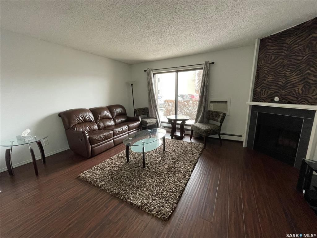 Main Photo: 102 215 Kingsmere Boulevard in Saskatoon: Lakeview SA Residential for sale : MLS®# SK845611