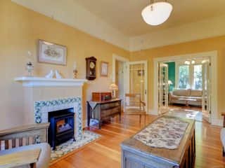 Photo 5: 403 Simcoe St in : Vi James Bay House for sale (Victoria)  : MLS®# 887183