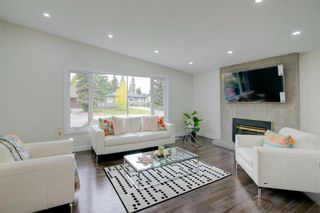 Photo 7: 108 Canterbury Place SW in Calgary: Canyon Meadows Detached for sale : MLS®# A1103168