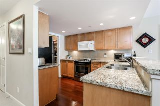 Photo 5: 403 288 UNGLESS Way in Port Moody: North Shore Pt Moody Condo for sale : MLS®# R2196452