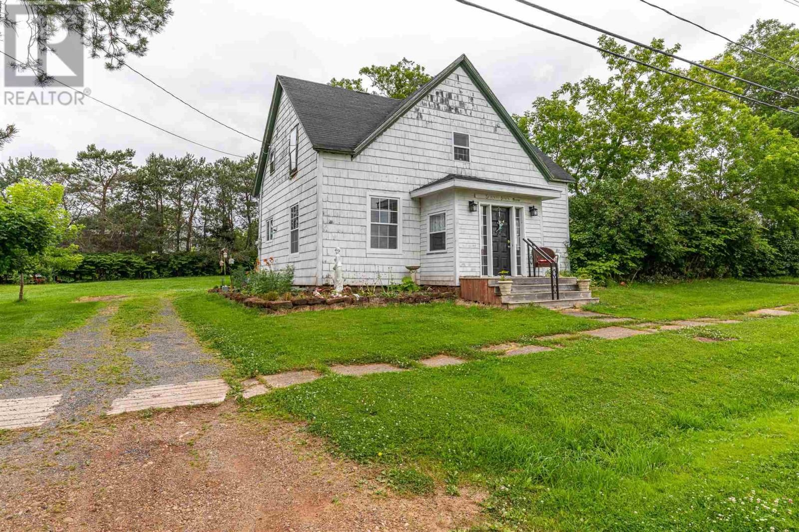 Main Photo: 77 George in Georgetown: House for sale : MLS®# 202119020