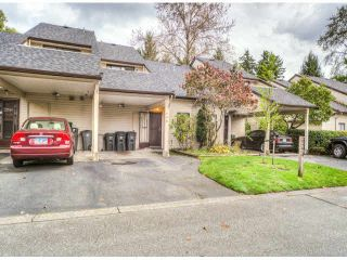 """Photo 1: 805 9274 122ND Street in Surrey: Queen Mary Park Surrey Townhouse for sale in """"WHISPERING CEDARS"""" : MLS®# F1425476"""