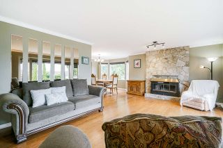 """Photo 6: 5749 189A Street in Surrey: Cloverdale BC House for sale in """"FAIRWAY ESTATES"""" (Cloverdale)  : MLS®# R2545304"""