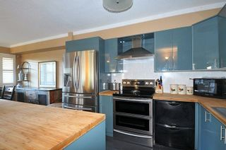 Photo 8: 301 19128 FORD ROAD in Pitt Meadows: Central Meadows Condo for sale : MLS®# R2227928