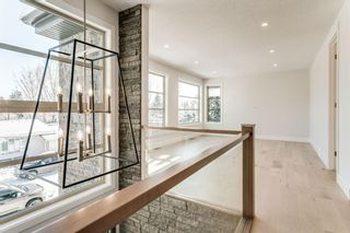 Photo 21: 23 Windsor Crescent SW in Calgary: Windsor Park Detached for sale : MLS®# A1070078