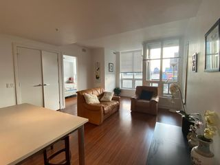 Photo 2: 647 222 Riverfront Avenue SW in Calgary: Eau Claire Apartment for sale : MLS®# A1144214