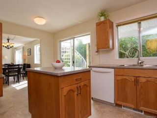 Photo 5: 1171 ZEBALLOS DRIVE in COURTENAY: CV Courtenay East House for sale (Comox Valley)  : MLS®# 792451