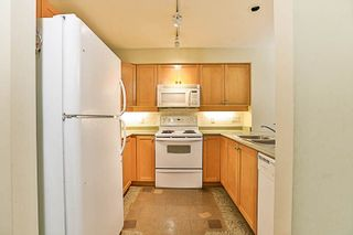 """Photo 5: 210 808 SANGSTER Place in New Westminster: The Heights NW Condo for sale in """"THE BROCKTON"""" : MLS®# R2213078"""