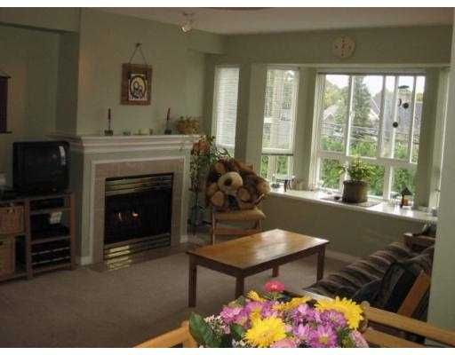"""Main Photo: 232 2565 W BROADWAY BB in Vancouver: Kitsilano Townhouse for sale in """"TRAFALGAR MEWS"""" (Vancouver West)  : MLS®# V557158"""