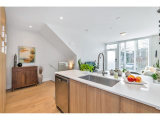 "Photo 12: 5 531 E 16TH Avenue in Vancouver: Mount Pleasant VE Townhouse for sale in ""HANNA"" (Vancouver East)  : MLS®# R2531123"
