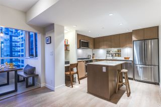 """Photo 11: PH615 161 E 1ST Avenue in Vancouver: Mount Pleasant VE Condo for sale in """"BLOCK 100"""" (Vancouver East)  : MLS®# R2195060"""