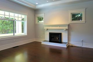 Photo 7: 8989 GLOVER Road in Langley: Fort Langley House for sale : MLS®# R2591639