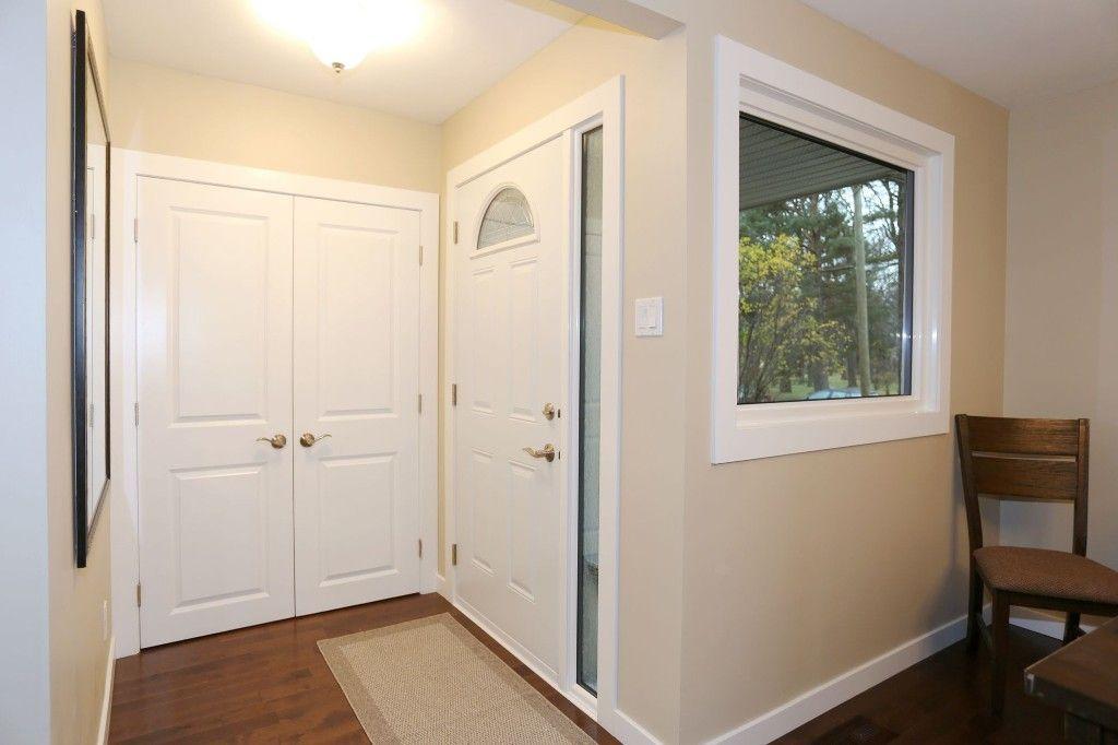 Photo 3: Photos: 306 Wildwood Park in Winnipeg: Wildwood Single Family Detached for sale (1J)  : MLS®# 1728410