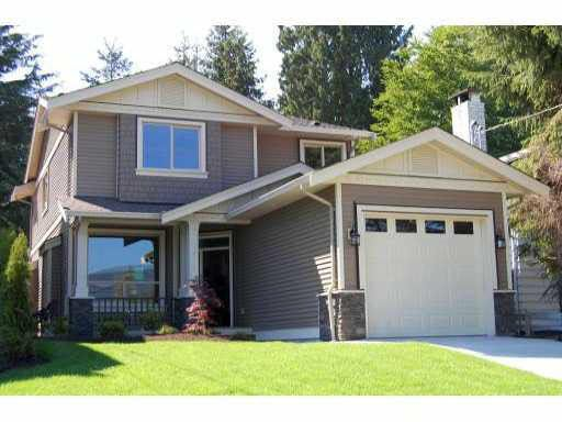 Main Photo: 3267 FROMME ROAD in : Lynn Valley House for sale : MLS®# V844122