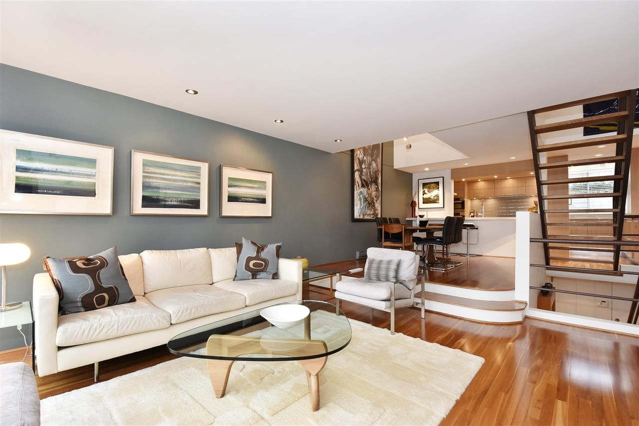 """Photo 5: Photos: 2311 OAK Street in Vancouver: Fairview VW Townhouse for sale in """"OAKVIEW TERRACE"""" (Vancouver West)  : MLS®# R2151089"""