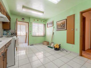 Photo 4: 3296 TURNER Street in Vancouver: Renfrew VE House for sale (Vancouver East)  : MLS®# R2621858