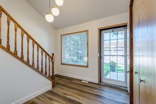 Photo 4: 150 Somervale Point SW in Calgary: Somerset Row/Townhouse for sale : MLS®# A1130189