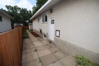 Photo 39: 6203 84 Avenue in Edmonton: Zone 18 House Half Duplex for sale : MLS®# E4253105