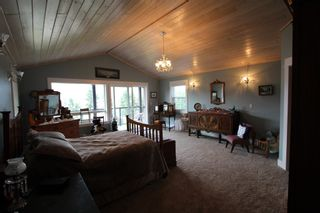 Photo 19: 7823 Squilax Anglemont Road in Anglemont: North Shuswap House for sale (Shuswap)  : MLS®# 10116503