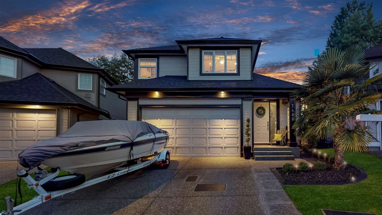 """Main Photo: 7468 146A Street in Surrey: East Newton House for sale in """"HARVEST WYNDE- Chimney Heights"""" : MLS®# R2397008"""