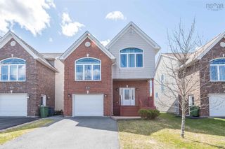 Main Photo: 8 Haystead Ridge in Bedford: 20-Bedford Residential for sale (Halifax-Dartmouth)  : MLS®# 202123032