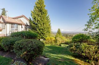 """Photo 3: 34 1486 JOHNSON Street in Coquitlam: Westwood Plateau Townhouse for sale in """"STONEY CREEK"""" : MLS®# R2611854"""