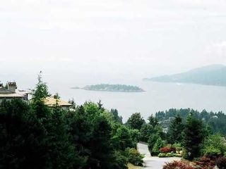 Photo 2: 4765 WESTWOOD Drive in West Vancouver: Cypress Park Estates Home for sale ()  : MLS®# V845697