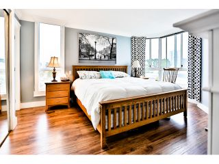 """Photo 13: 904 1235 QUAYSIDE Drive in New Westminster: Quay Condo for sale in """"THE RIVIERA"""" : MLS®# V1139039"""