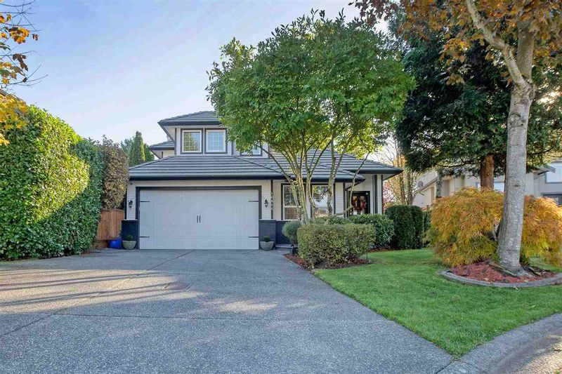 FEATURED LISTING: 16866 60A Avenue Surrey