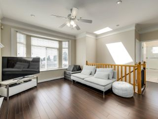 Photo 3: 1125 E 61ST Avenue in Vancouver: South Vancouver House for sale (Vancouver East)  : MLS®# R2602982