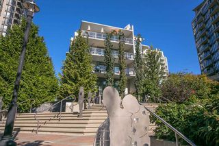 """Photo 21: 512 135 W 2ND Street in North Vancouver: Lower Lonsdale Condo for sale in """"CAPSTONE"""" : MLS®# R2212509"""