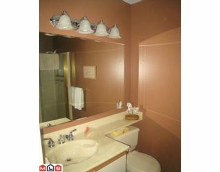 "Photo 8: 305 1351 VIDAL Street: White Rock Condo for sale in ""SEA PARK MANOR"" (South Surrey White Rock)  : MLS®# F1000839"