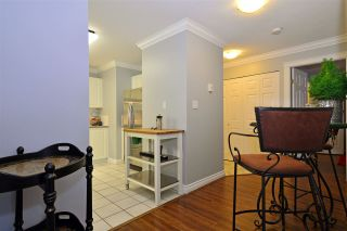 "Photo 6: 104 1378 GEORGE Street: White Rock Condo for sale in ""FRANKLIN PLACE"" (South Surrey White Rock)  : MLS®# R2371327"