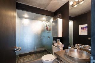 """Photo 12: 305 1540 W 2ND Avenue in Vancouver: False Creek Townhouse for sale in """"WATERFALL"""" (Vancouver West)  : MLS®# R2446615"""