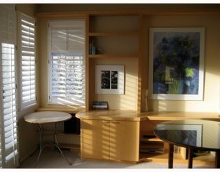 "Photo 5: 1 6588 BARNARD Drive in Richmond: Terra Nova Townhouse for sale in ""CAMBERLEY"" : MLS®# V758128"