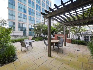 "Photo 21: 301 531 BEATTY Street in Vancouver: Downtown VW Condo for sale in ""METROLIVING"" (Vancouver West)  : MLS®# R2506076"