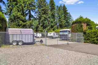 """Photo 23: 33 2305 200 Street in Langley: Brookswood Langley Manufactured Home for sale in """"Cedar Lane Park"""" : MLS®# R2465102"""