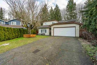 """Photo 3: 10248 159A Street in Surrey: Guildford House for sale in """"Somerset"""" (North Surrey)  : MLS®# R2533227"""