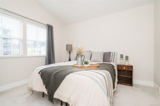 """Photo 13: 2 22057 49 Avenue in Langley: Murrayville Townhouse for sale in """"Heritage"""" : MLS®# R2452643"""
