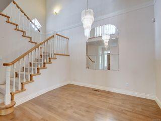 Photo 7: 6 520 Marsett Pl in : SW Royal Oak Row/Townhouse for sale (Saanich West)  : MLS®# 876138
