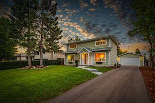 Photo 1: 712 Cedarille Way SW in Calgary: Cedarbrae Detached for sale : MLS®# A1021294