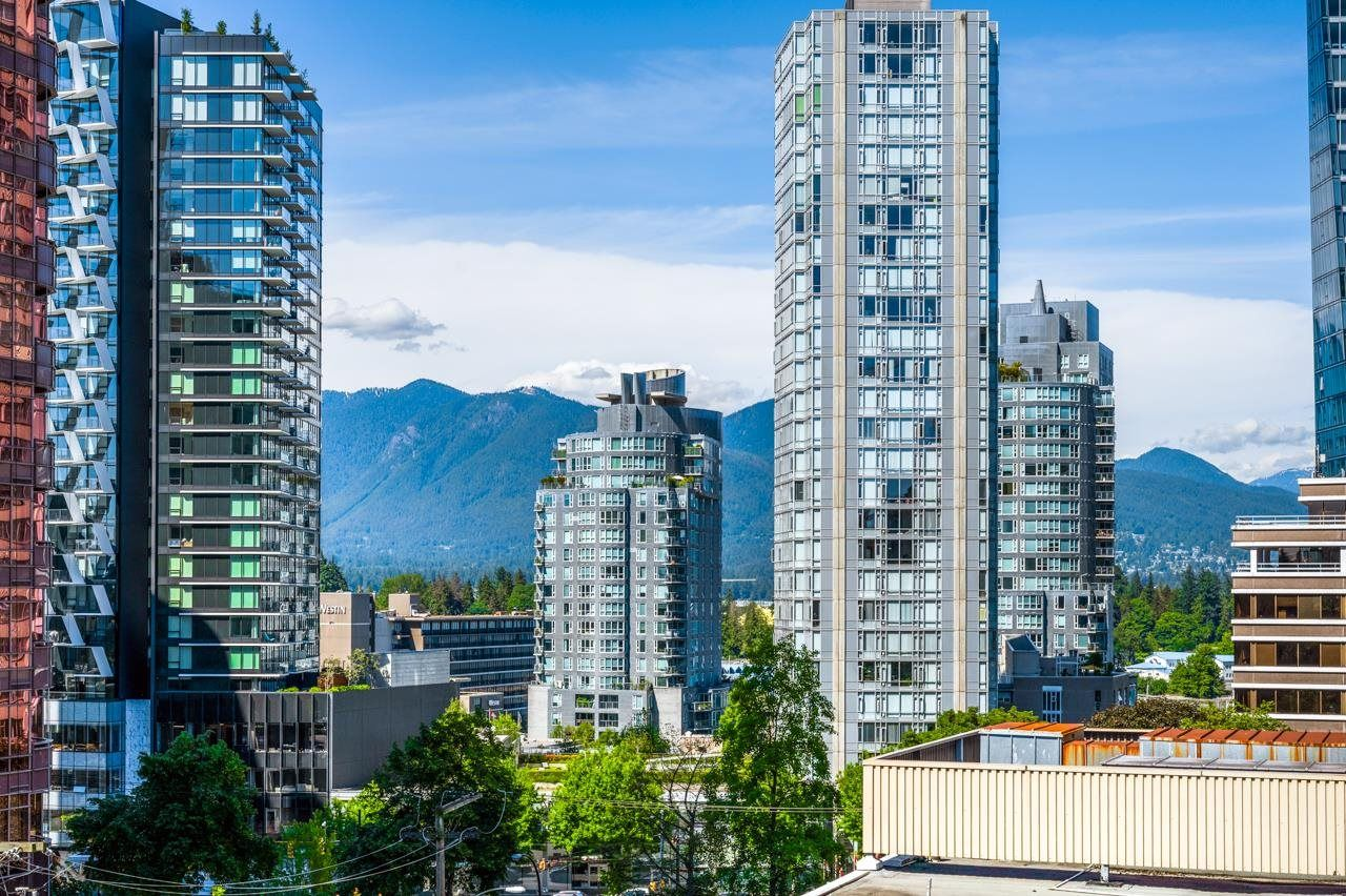 Main Photo: 407 1455 ROBSON Street in Vancouver: West End VW Condo for sale (Vancouver West)  : MLS®# R2595582
