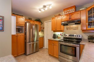"Photo 3: 104 12464 191B Street in Pitt Meadows: Mid Meadows Condo for sale in ""LASEUR MANOR"" : MLS®# R2324883"