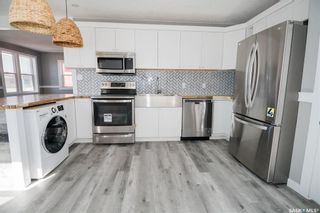 Photo 7: 812 3rd Avenue North in Saskatoon: City Park Residential for sale : MLS®# SK850704