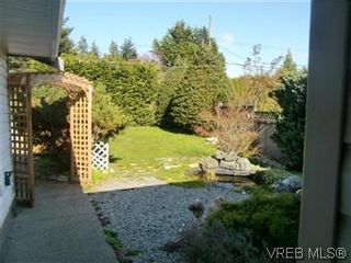 Photo 2: 2138 Henlyn Dr in SOOKE: Sk John Muir House for sale (Sooke)  : MLS®# 565191