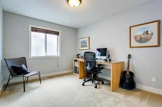 Photo 34: 1 2415 28 Street SW in Calgary: Killarney/Glengarry Row/Townhouse for sale : MLS®# C4254500