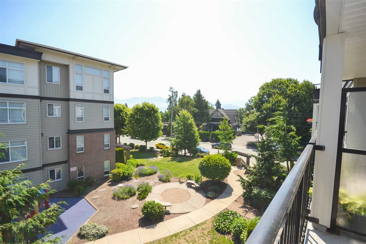 """Photo 11: Photos: 303 9422 VICTOR Street in Chilliwack: Chilliwack N Yale-Well Condo for sale in """"NEWMARK"""" : MLS®# R2279466"""