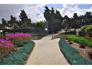 Photo 4: UNIVERSITY CITY Townhouse for sale : 3 bedrooms : 4484 Eastgate Mall #8 in San Diego